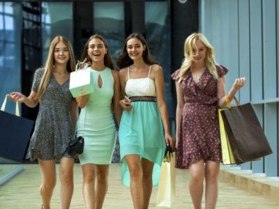 40代女性におすすめの大人可愛い服やファッションとは?